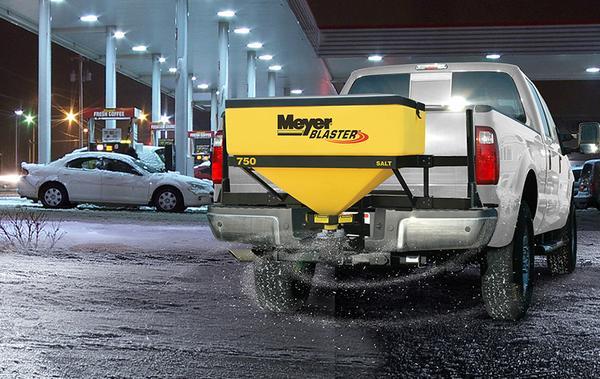 snow-and-ice-spreaders-meyer-blaster-1_grande